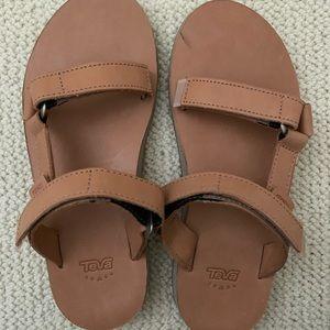 NWOT Teva Velcro Sandals